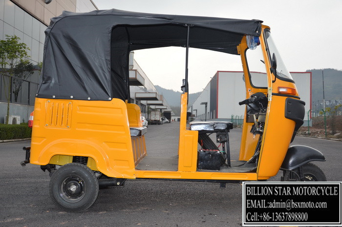 New Design Engine And Transmission System Tuktuk bajaj tricycle For passenger